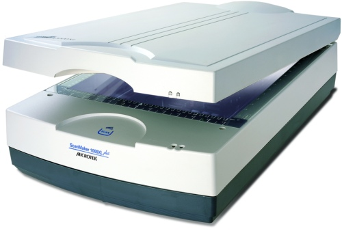 Microtek  ScanMaker 1000XL Plus